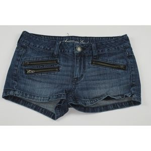 AMERICAN EAGLE Zipper pockets jean shorts